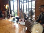 Crystal Bowl奏者Naaya∞Laosの虹服出来ました∞Organic Cotton 手紡ぎ∞手織り∞草木染め