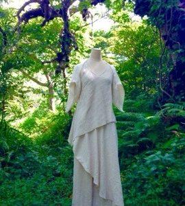 Tomomiさんの奉納舞衣を創らせていただきました∞*・゜゚・*☆