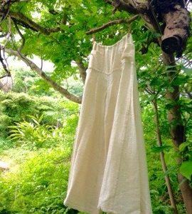 商品☆オーガニックコットン∞手紡ぎ∞手織り∞手縫い∞草木染め∞フラワーパンツ∞☆