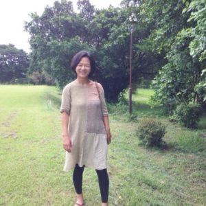 Hemp&Cotton草木染めパッチワークプルオーバーをとっても素敵に着てくれています∞☆*・゜゚・*