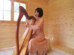 アイリッシュハープ奏者∞Ikuyama様がとっても素敵に蓮花女神ワンピース草木染めを着て下さっています∞☆